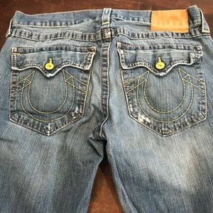 Men's True Religion Jeans Size 36 med wash